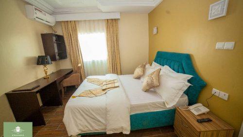 rooms-(4).jpg